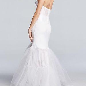 Dresses & Skirts - A-Line Silhouette Slip